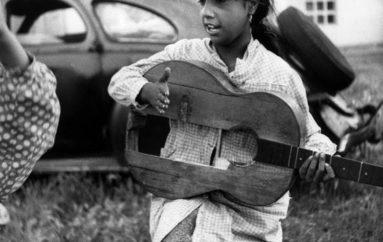 Los gitanos // The gypsies ~ by Lucien Clergue