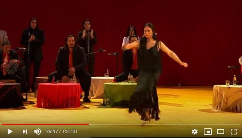 Video: Vertiges du flamenco a la transe by Tony Gatlif