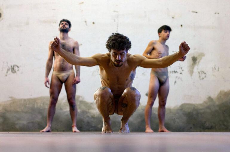 Jesús Carmona estrenará 'El salto' en La Bienal