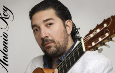 El guitarrista Antonio Rey consigue el grammy latino al Mejor Album Flamenco