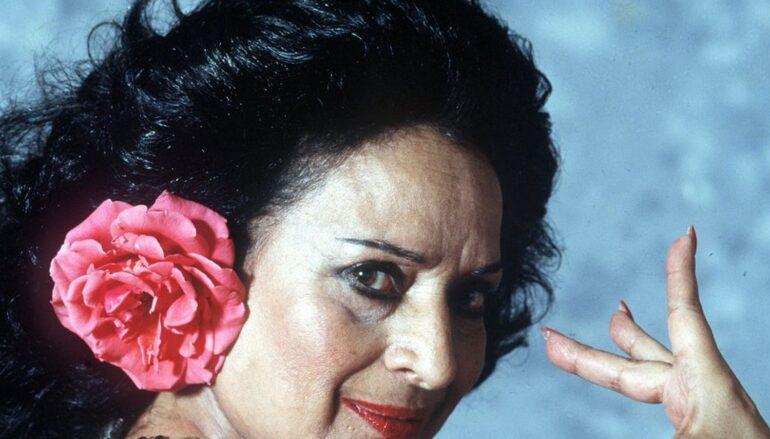 Lola Flores, un fenómeno inmortal e inusual