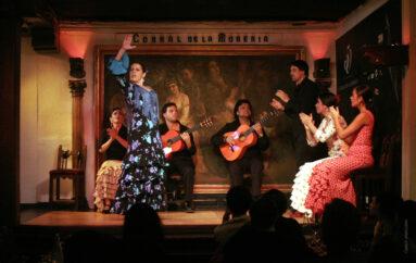 Vuelve El Corral de la Morería tras 14 meses y por su 65 cumpleaños